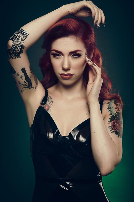 femme sexy gothique